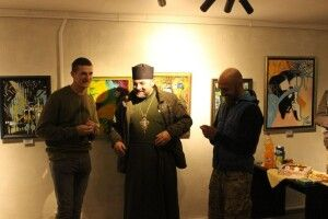 Головний військовий капелан Волинської єпархії ПЦУ взяв участь у відкритті виставки ветерана АТО/ООС (фото)