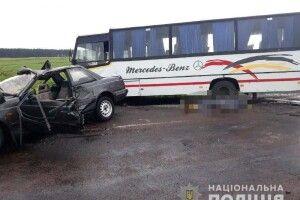 Смертельна ДТП на Рівненщині: маршрутка зіткнулася з легковиком