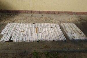 На Волині знайшли більше тисячі пачок контрабандних цигарок у вагоні з рудою