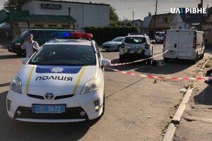 Поліцейські Рівненщини розслідують умисне убивство чоловіка, знайденого цієї ночі