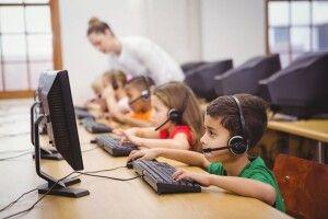 Школи Луцького району отримають нові комп'ютери