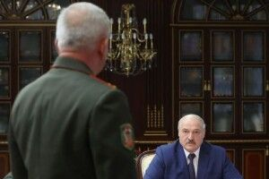 Лукашенко доручив силовикам «закрити кожен метр кордону»