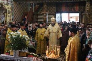 У Скобелці  Божественну літургію з нагоди храмового свята очолив митрополит Луцький і Волинський Михаїл