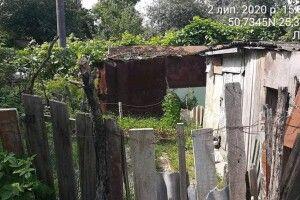 Муніципали в Луцьку хочуть знести старі штахетники, альтанки і сараї (Фото)