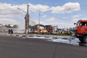 У Житомирі масштабна пожежа на автозаправці (фото)
