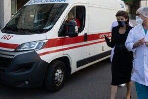 Є обнадійливі новини від лікарів: Марина Порошенко відвідала Володимира Балуха у лікарні