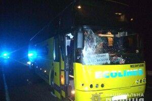 На Рівненщині під колесами пасажирського автобуса загинув 51-річний пішохід