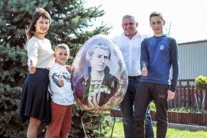 Художниця з Володимира: «Зображаючи відому особистість, мені хочеться показати характер людини»