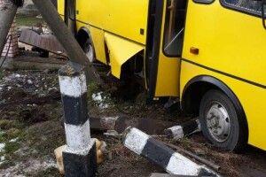 На Львівщині ДТП: зіткнулися поїзд і маршрутка