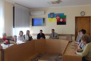 У Нововолинську шукають сім директорів