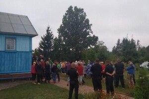 На Рівненщині 60 селян побилися за церкву