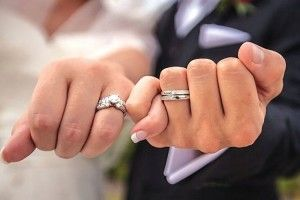 700 гривень коштує обряд шлюбу у свято, а 350 — у будень