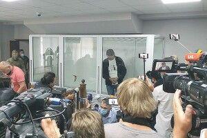 Терориста зустрічало більше телекамер,  аніж губернатора