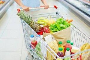 46% коштів з карток українці витрачають на харчі