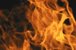 В обласному центрі вночі згоріла автівка (Відео)