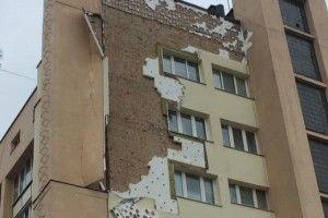 У Луцьку впав фасад з «Біг-Бену»