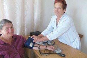 «Олександрівна для нас —  сімейний лікар, шкода лише, що декларацію з фельдшером підписати не можна»