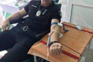 """Правоохоронці Турійщини поділилися кров""""ю"""