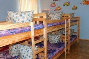 За кошти депутатського фонду в Луцьку куплять меблі для школи і ліжка для дитсадка