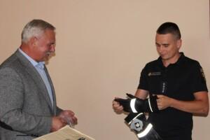 Бронежилети та вогнетривкі захисні рукавиці подарували нововолинським рятувальникам