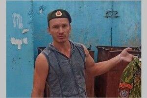 У Білорусі спецназівці викинули свою форму в сміттєвий бак