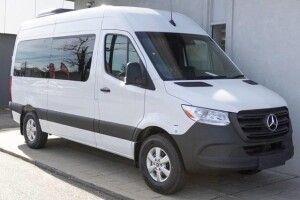 Викрадений підлітками автомобіль знайшли у Клепачеві
