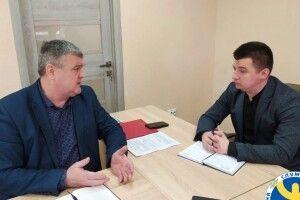 Голова Рівненської громади зустрівся з директором районної філії центру зайнятості