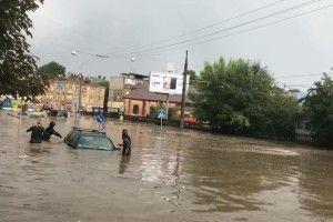 Такої потужної зливи і старожили не пам'яють (Відео)