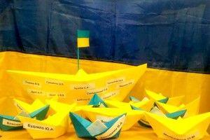 Україною шириться флешмоб на підтримку українських моряків (Фото)
