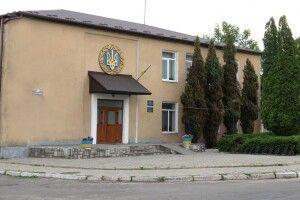 Прокуратура заставляє Колківську селищну раду оформити документи під садок