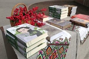 «Happy Birthday, Тарасе!»: Луцьк креативно вшановує Шевченка (фото)