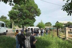 На окупованому півострові під час обшуків у кримських татар в жінки почалися передчасні пологи