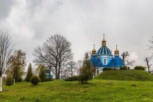 Поблизу Низкиницького монастиря знайшли повішеним відомого волинського художника