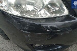Волинянка в'їхала у припарковане авто і втекла (Фото)