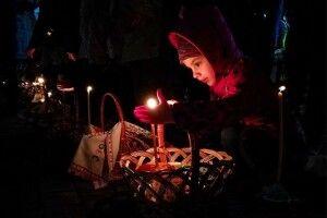 Святкова ніч над Україною розквітла мільйонами вогників (Фоторепортаж)