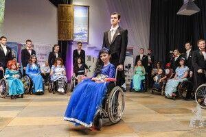 Чарівною волинянкою-візочницею захоплюються тисячі українців