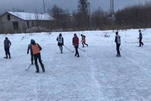 На Любешівщині триває чемпіонат з хокею