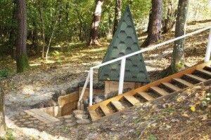 Маневицькі лісівники відновили та впорядкували джерело «Біля дуба»