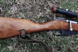На Волині депутат купив собі гвинтівку Мосіна