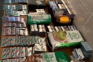 Волинські митники попередили спробу перевезення через кордон України великої партії сильнодіючих ліків (фото)