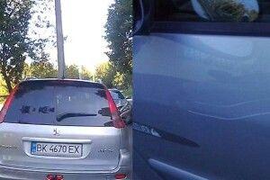 Подряпані авто у Рівному. Власники почали впізнавати чоловіка, якого зняв реєстратор (Відео)