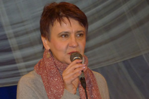 Оксана Забужко про еліту та купюру, яку вона ненавидить – 200 гривень з Лесею Українкою у вінку