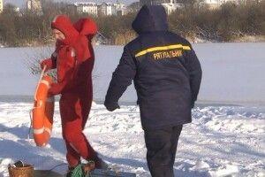 На Водохреще біля кожної ополонки на Волині чергуватимуть по чотири рятувальники