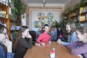«Щасливий кубик» у Буянівській сільській бібліотеці