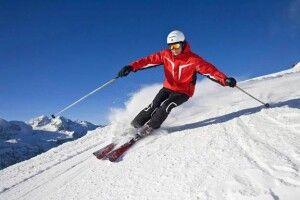 Росіянина під час спуску з гори проштрикнула власна лижа