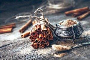 «Запахне вечір чаєм  і корицею…»