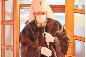 Парафіяни з Волині захищають священника: «Вони хочуть осквернити  митрополита Михаїла, але їм це не вдасться»