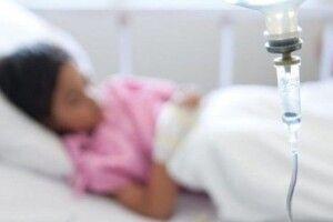 Троє вихованцiв дитсадка потрапили до лiкарнi з симптомами кишкової iнфекцiї