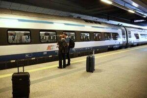 Шукають пасажирів потяга, в якому їхав хворий на коронавірус