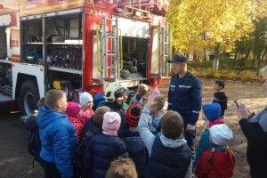 У Ківерцях школярам показали пожежну техніку